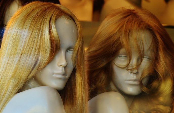 Important Factors to Consider While Buying a Lace Wig